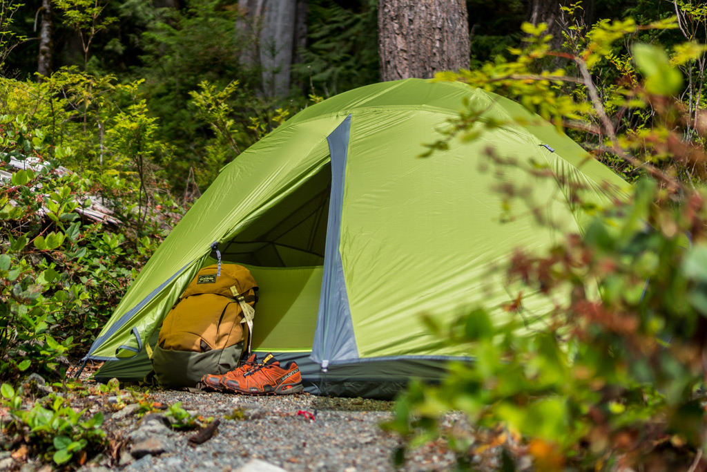 Easy to put on an adjust rain cover with a nice little vestibule! & Gear Review: First Impressions of the Nemo Losi LS 2P Tent | VPO