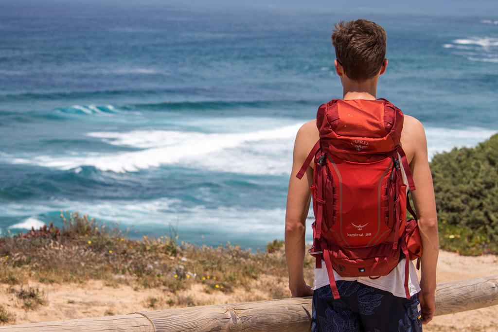 Osprey Kestrel 28 Hiking Pack Canada