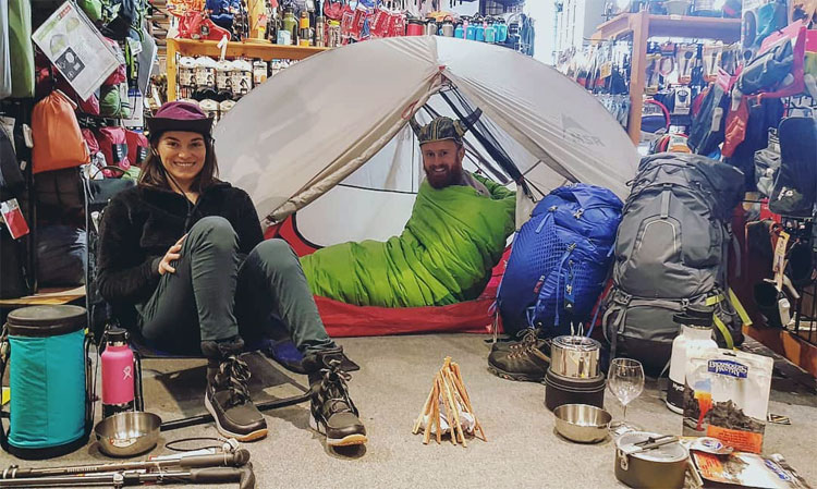 Winter camping equipment store canada