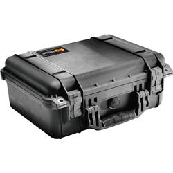 Pelican Products 1450 Medium Case With Foam-Black